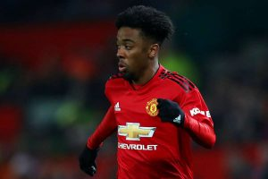 Chelsea set to sign Angel Gomes