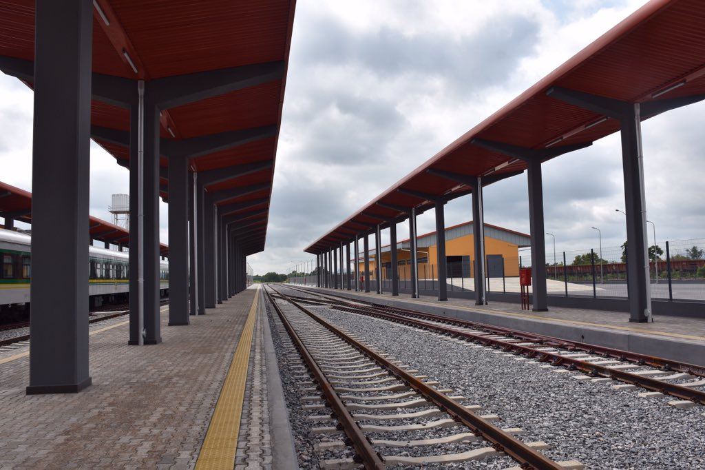 Pictures of Agbor Railway Named After Goodluck Jonathan