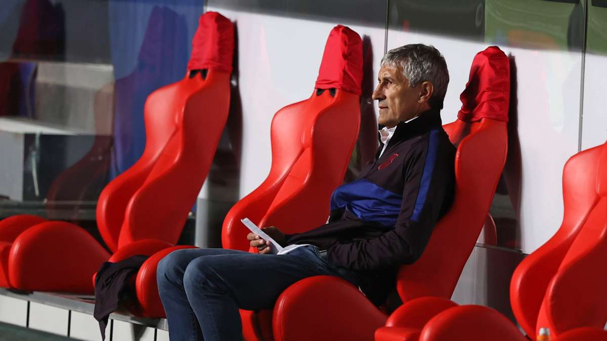 Barcelona set to sack Setien after Bayern Humiliation