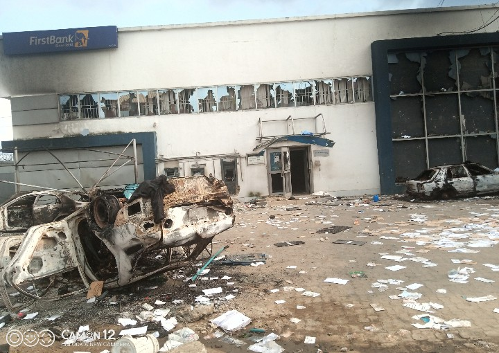Watch Video Of How First Bank In Aba Was Destroyed
