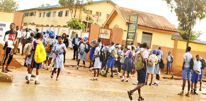 Government postpones resumption of schools